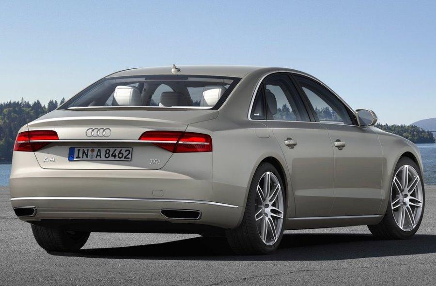 задние фонари Audi A8 2014