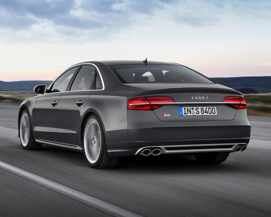 задние фонари Audi S8 2014