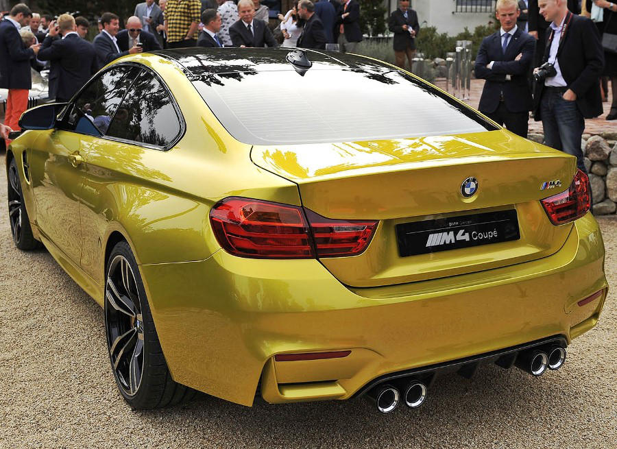 задние фонари концепта BMW M4 Coupe 2013