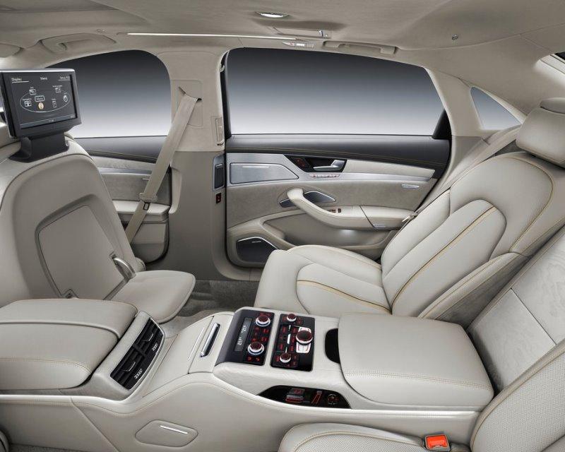 задние сидения Audi A8L 2014
