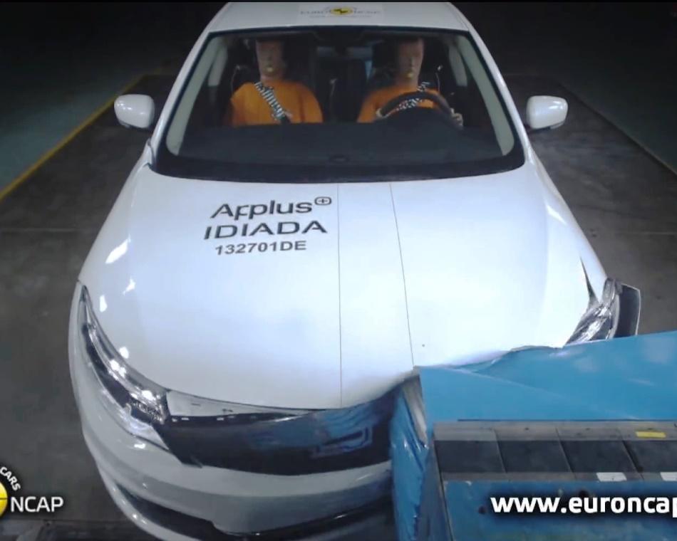 Седан Qoros 3 2013 краш-тест