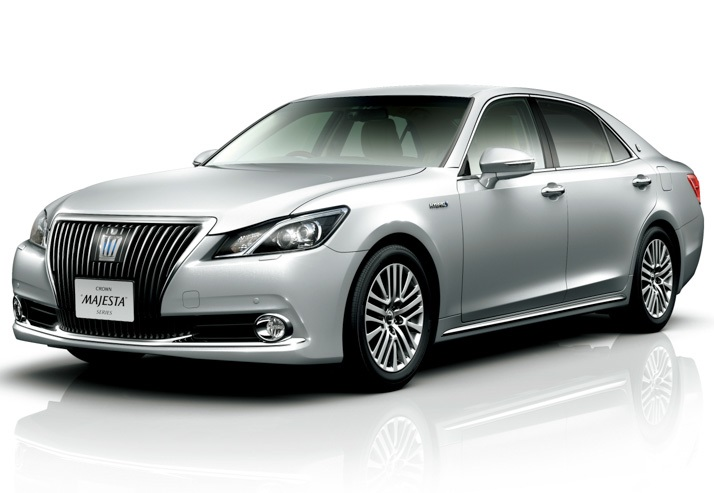 Toyota Crown Majestа 2014