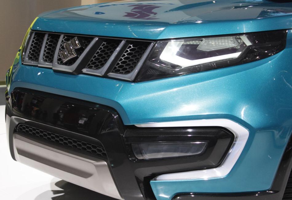 бампер и фары Suzuki iV-4 2013