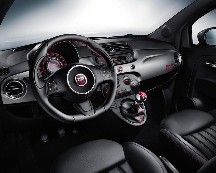 салон Fiat 500 Sport 2013