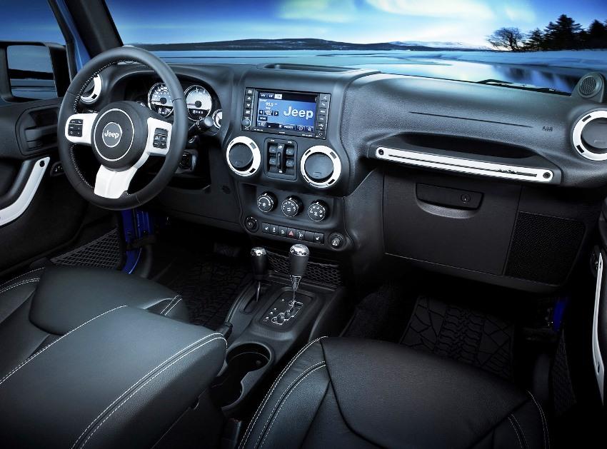 салон Jeep Wrangler Polar 2014