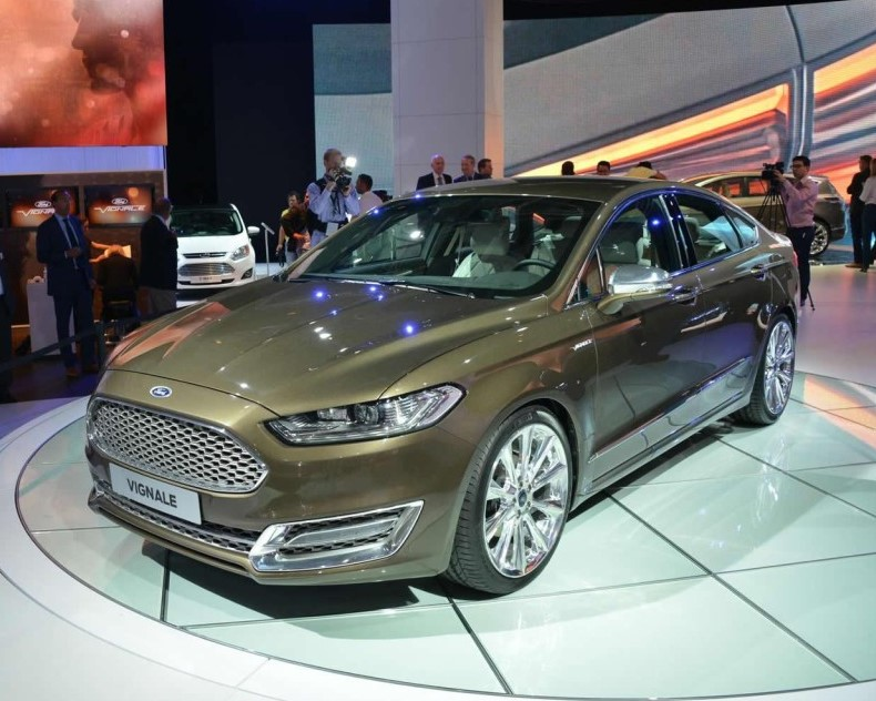 седан Ford Mondeo Vignale Concept 2013