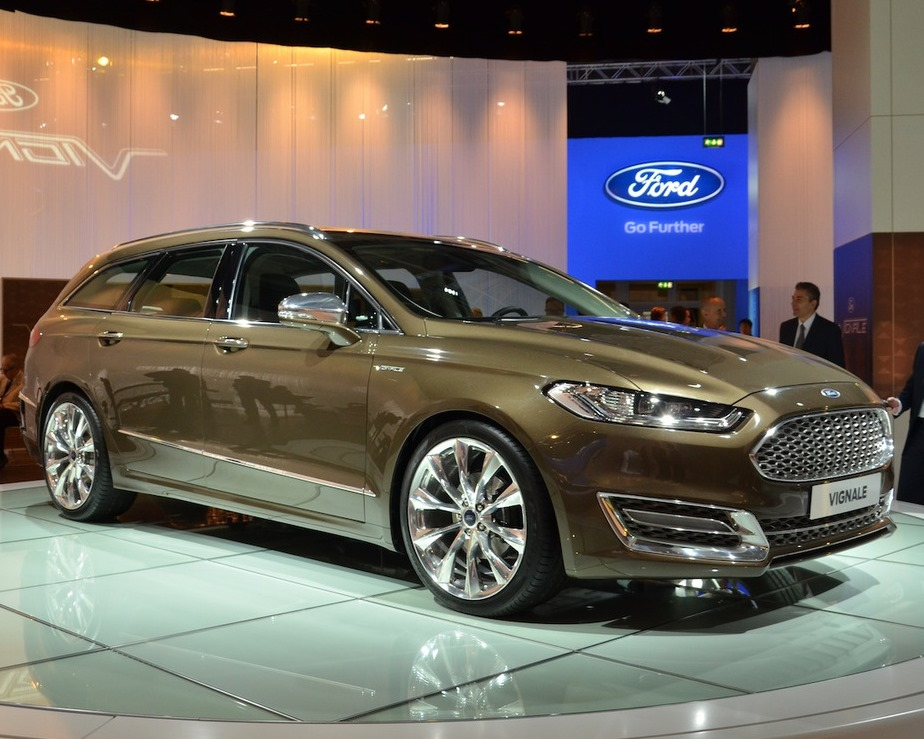 универсал Ford Mondeo Vignale Concept 2013