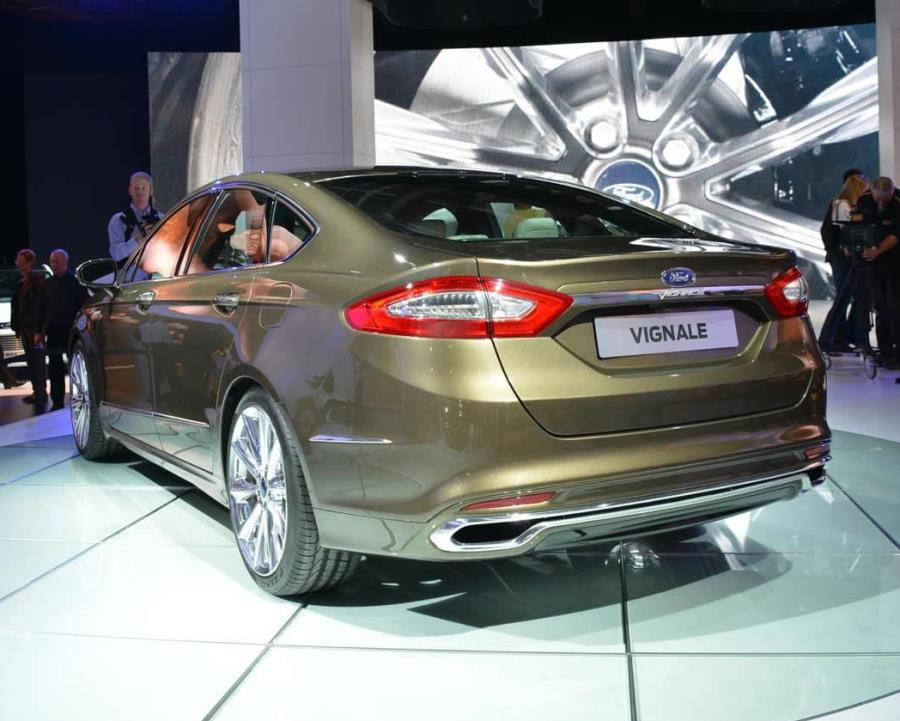 задняя часть Ford Mondeo Vignale Concept 2013
