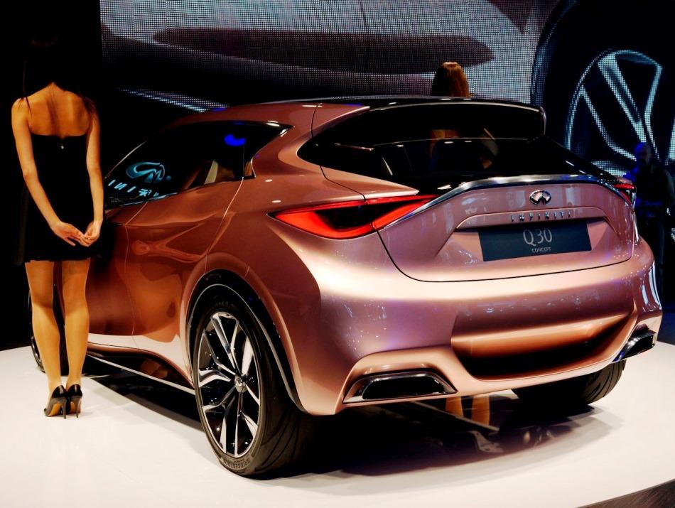 задняя часть Infiniti Q30 Concept 2013