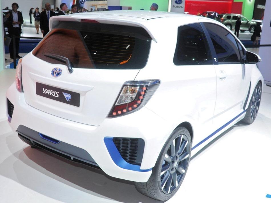 задняя часть Toyota Yaris Hybrid-R Concept 2013