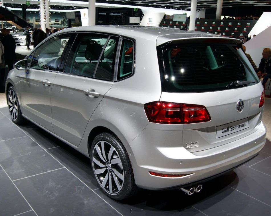 задняя часть Volkswagen Golf Sportsvan Concept 2013