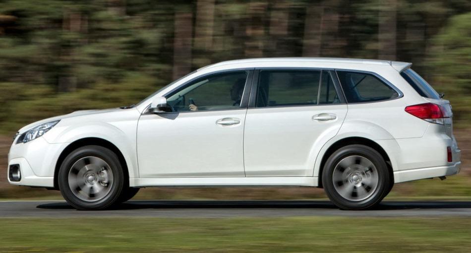 фото Subaru Outback 2014 сбоку