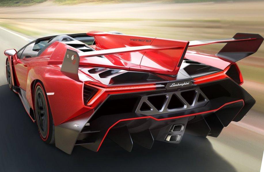 задняя часть Lamborghini Veneno Roadster 2014
