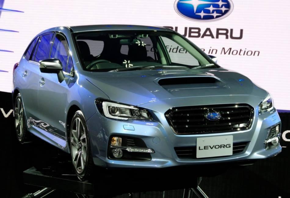 фары и бампер Subaru Levorg 2013