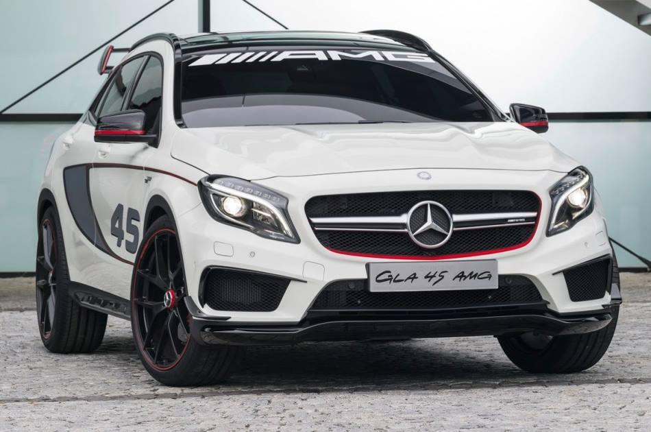 фото Mercedes GLA 45 AMG 2014