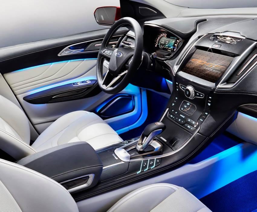 салон концепта Ford Edge 2013