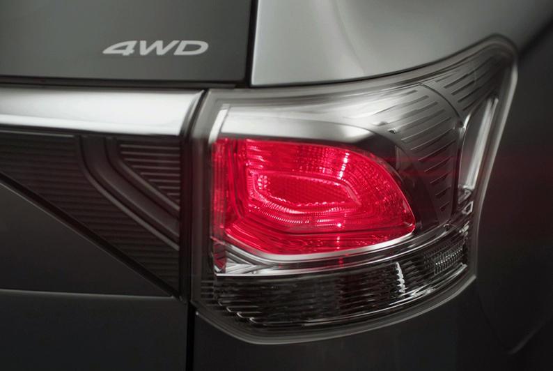 задние фонари Mitsubishi Outlander Samurai 2013