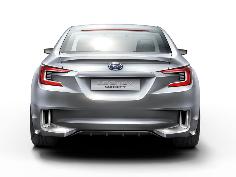 задние фонари прототипа Subaru Legacy 2013