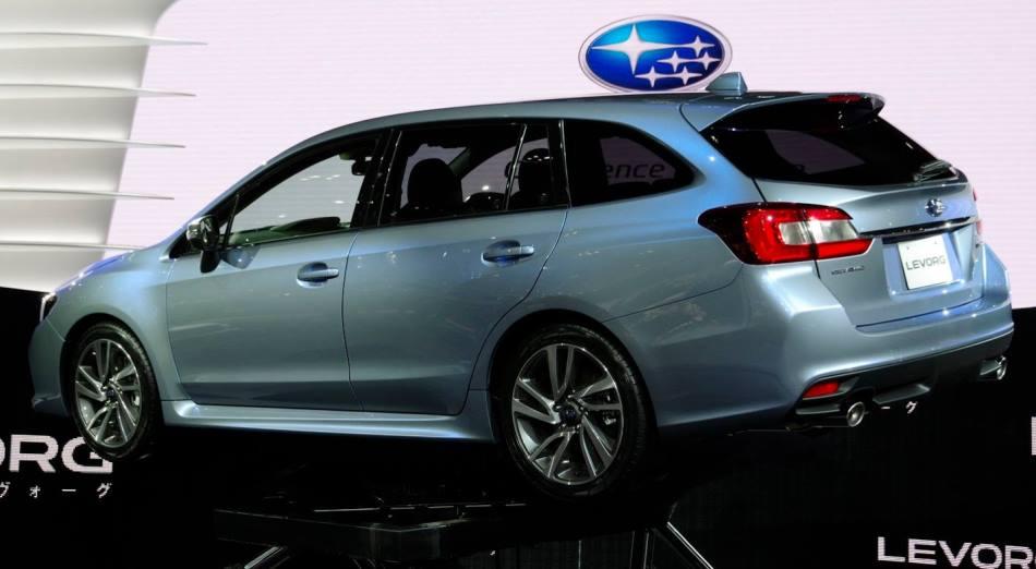 задняя часть Subaru Levorg 2013