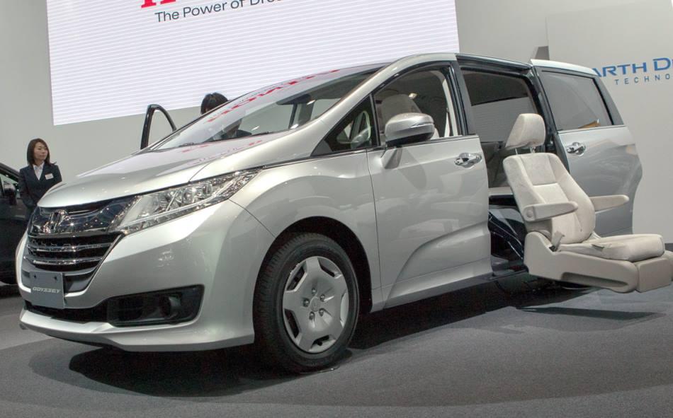 фото Honda Odyssey 2015