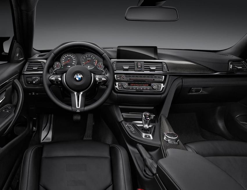 фото салона купе BMW M4 2015 года