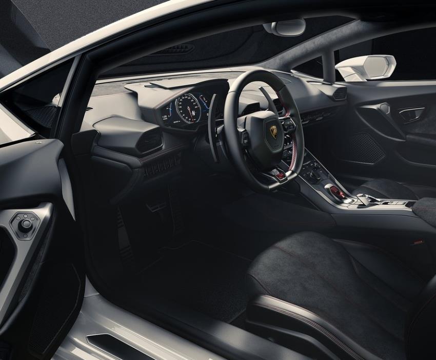 салон Lamborghini Huracan LP610-4 2015