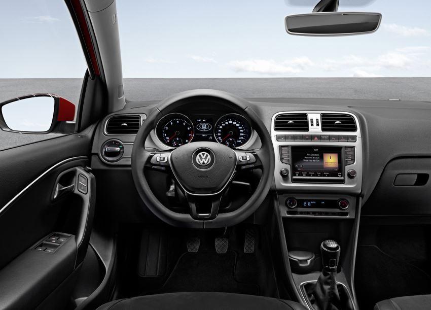 салон Volkswagen Polo 2014 года