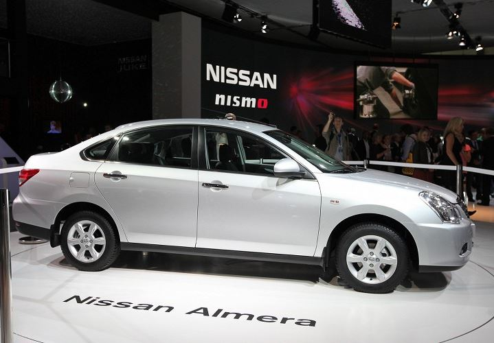 Nissan Almera 2014 сбоку