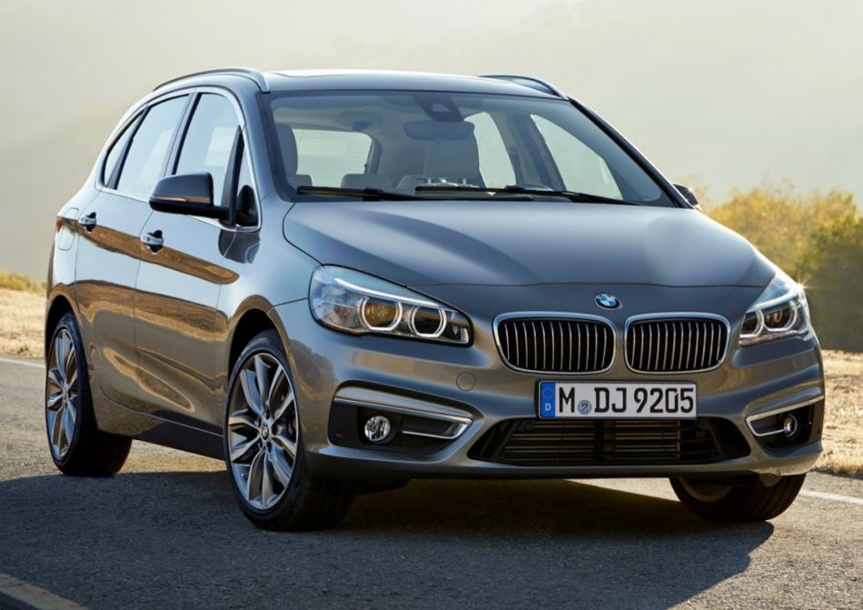 фото BMW 2-Series Active Tourer 2015 года