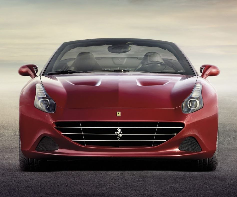 фото Ferrari California T 2015 года