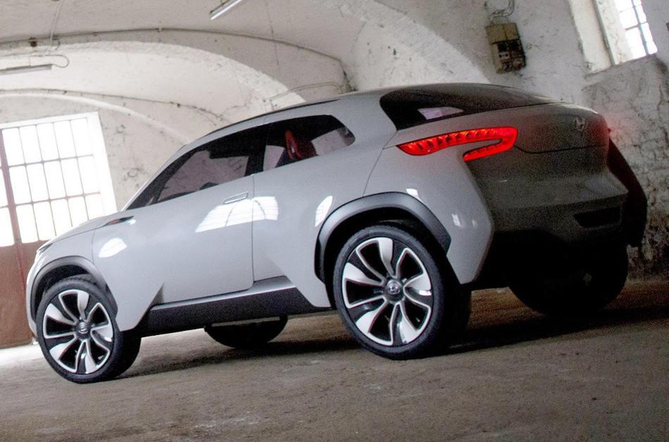задняя часть Hyundai Intrado Concept