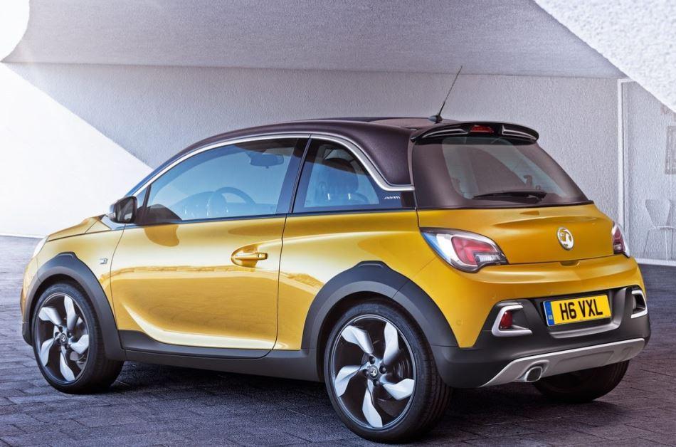задняя часть Opel Adam Rocks 2015