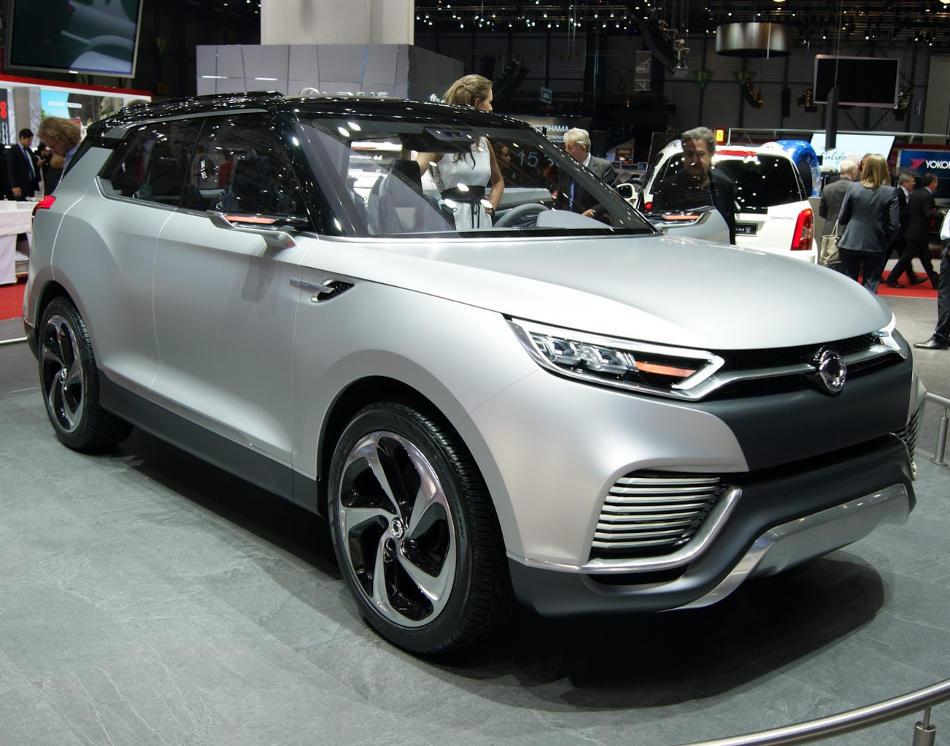 бампер и фары SsangYong XLV Concept