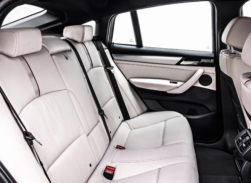 интерьер BMW X4 2015 года