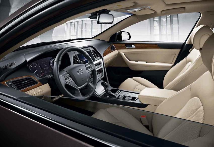 салон Hyundai Sonata 2015 года