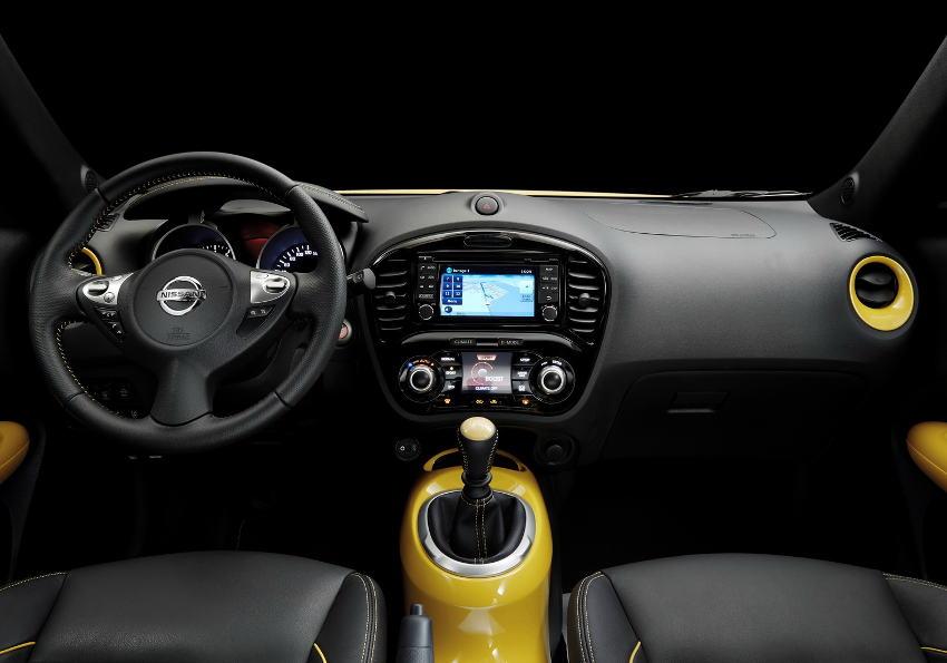 салон Nissan Juke 2015 года