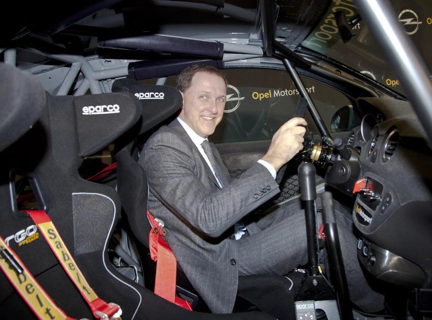 салон Opel Astra OPC Motorsport 2014