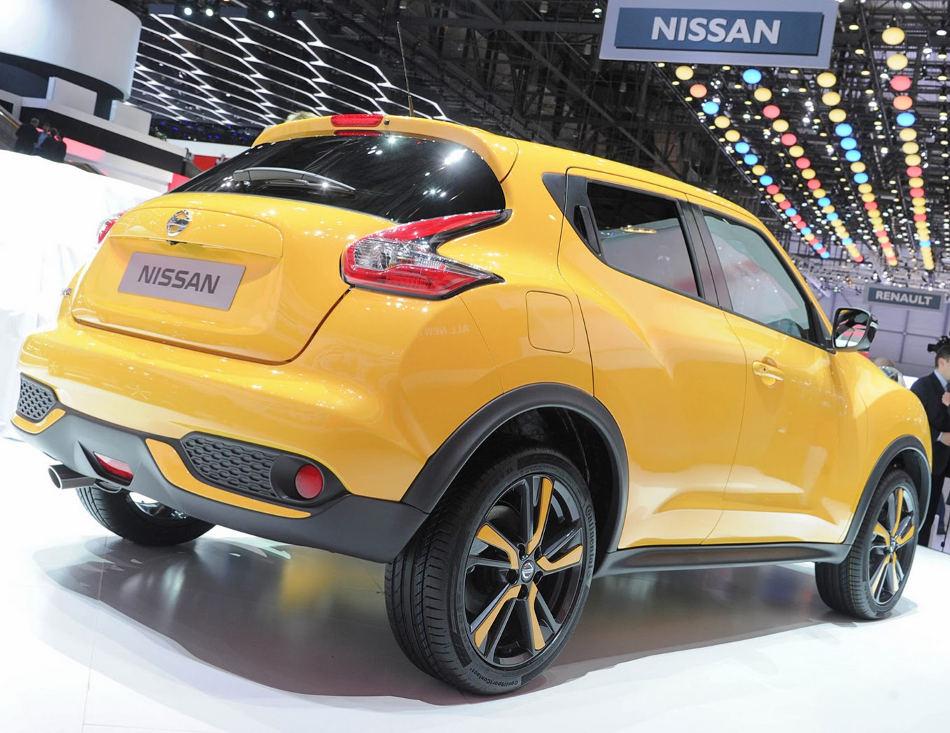 задняя часть Nissan Juke 2015