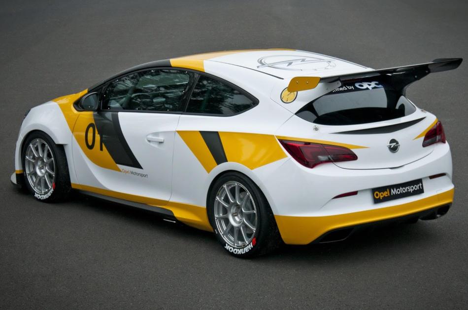 задняя часть Опель Astra OPC Motorsport