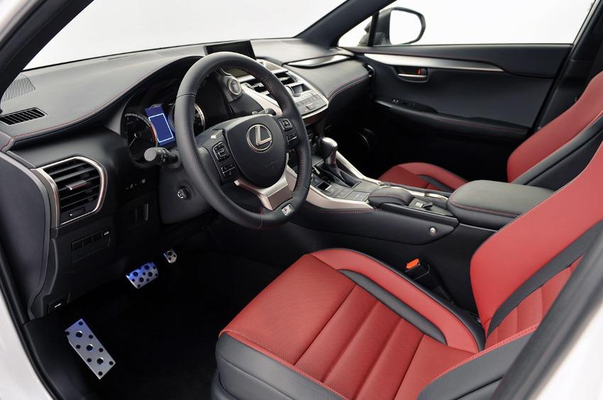 интерьер Lexus NX 2015