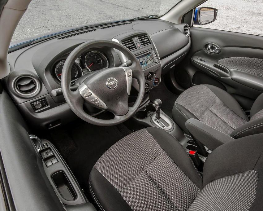 салон Nissan Versa Sedan 2015 года