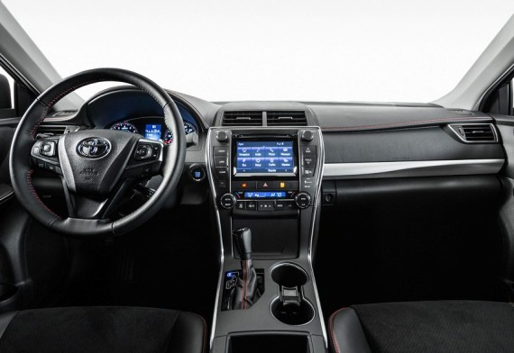 салон Toyota Camry 2015 года
