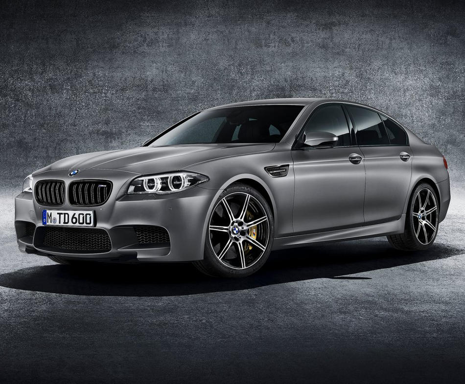 фото юбилейной BMW M5 2014 года