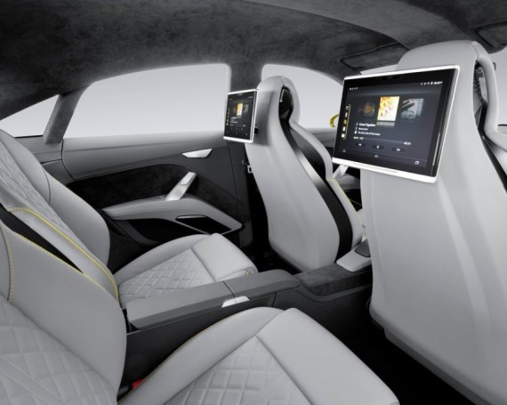 интерьер Audi TT Offroad Concept 2014