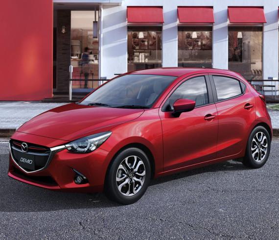 фары и бампер Mazda2 2015