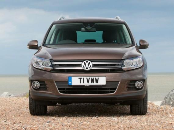 фары и бампер Volkswagen Tiguan 2014