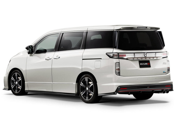 обвес Nissan Elgrand 2014 от NISMO