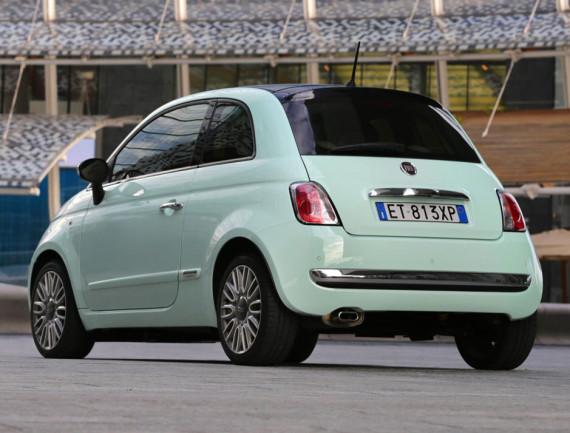 задняя часть Fiat 500 2015
