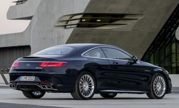 задняя часть Mercedes S65 AMG Coupe 2015