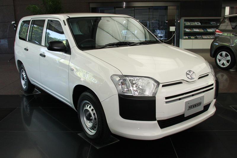 Toyota Probox Succeed 2015 года